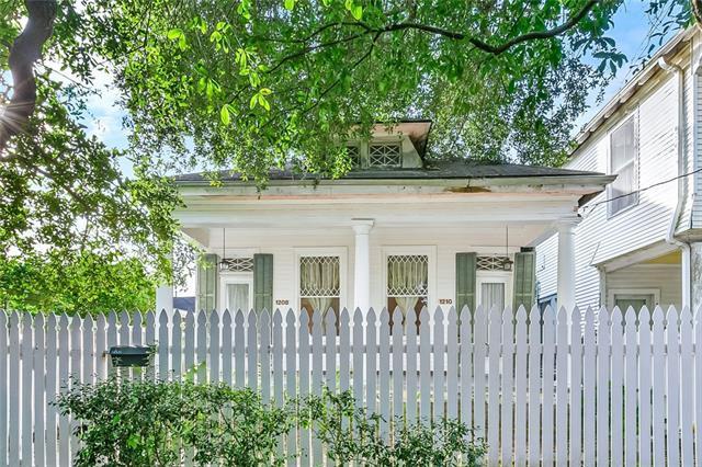 1208 Valence Street, New Orleans, LA 70115 (MLS #2183760) :: Parkway Realty