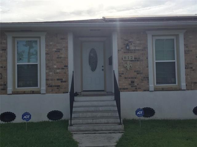 612 Oakwood Drive, Terrytown, LA 70056 (MLS #2184003) :: Crescent City Living LLC