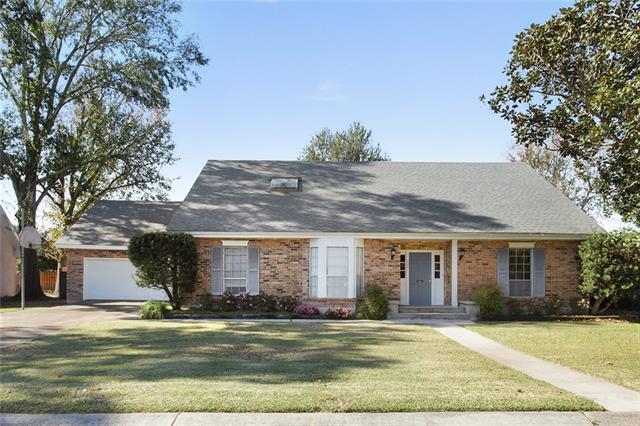624 Fairfield Avenue, Gretna, LA 70056 (MLS #2184088) :: Crescent City Living LLC