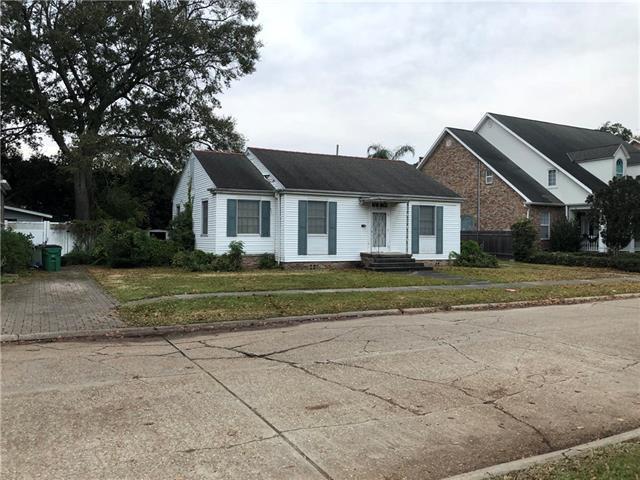 242 Glenwood Drive, Metairie, LA 70005 (MLS #2184113) :: Turner Real Estate Group