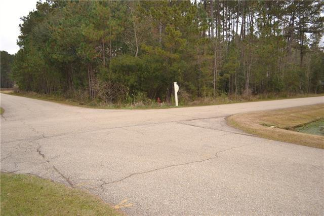 51 Secluded Grove Loop, Madisonville, LA 70447 (MLS #2184259) :: Crescent City Living LLC