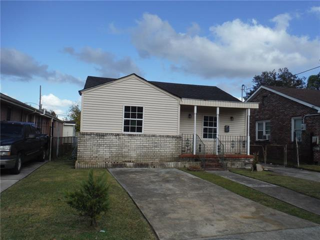 417 Wallace Drive, New Orleans, LA 70122 (MLS #2184364) :: Turner Real Estate Group