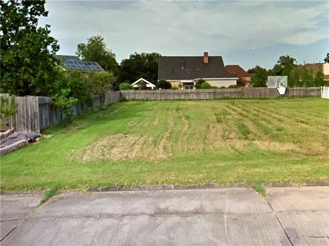 3621 Lake Timberlane Drive, Gretna, LA 70056 (MLS #2184663) :: Watermark Realty LLC
