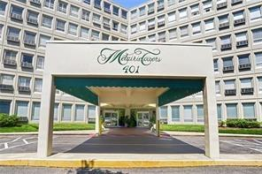 401 Metairie Road #606, Metairie, LA 70005 (MLS #2184978) :: Crescent City Living LLC