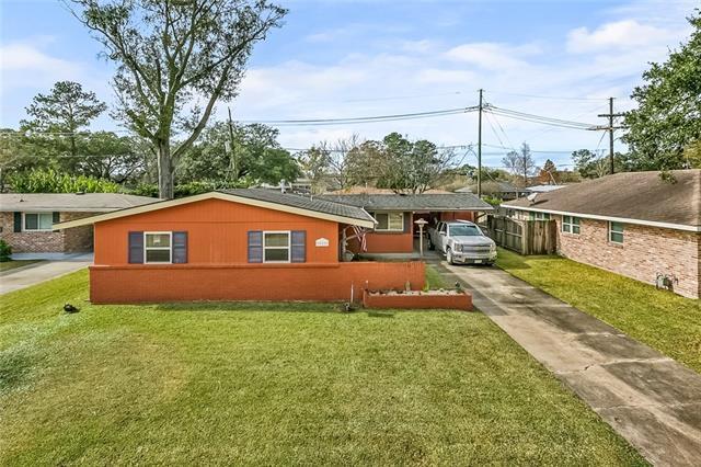 558 Ashlawn Drive, Harahan, LA 70123 (MLS #2185304) :: Crescent City Living LLC