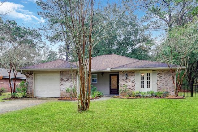 127 Willow Drive, Covington, LA 70433 (MLS #2185341) :: Top Agent Realty