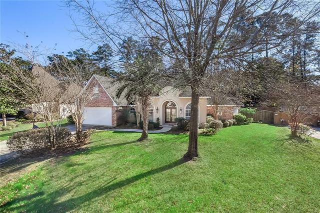 208 Delta Drive, Mandeville, LA 70448 (MLS #2185400) :: Turner Real Estate Group