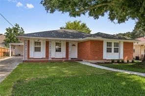 1751 Pressburg Street, New Orleans, LA 70122 (MLS #2185434) :: Top Agent Realty