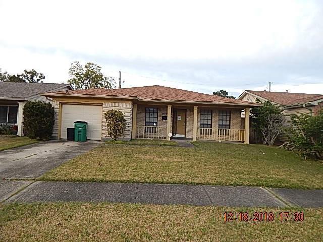 2217 Northbrook Drive, Terrytown, LA 70056 (MLS #2185565) :: Crescent City Living LLC