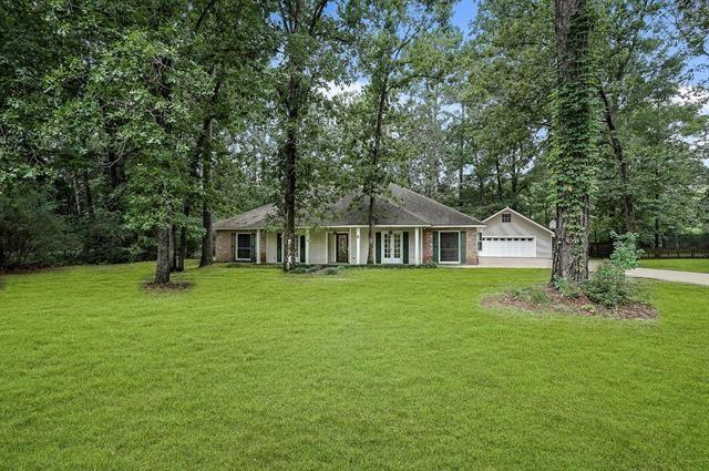 6 Beech Drive, Covington, LA 70433 (MLS #2185776) :: Crescent City Living LLC