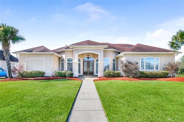 107 Pleasant Ridge Drive, Belle Chasse, LA 70037 (MLS #2185924) :: Amanda Miller Realty