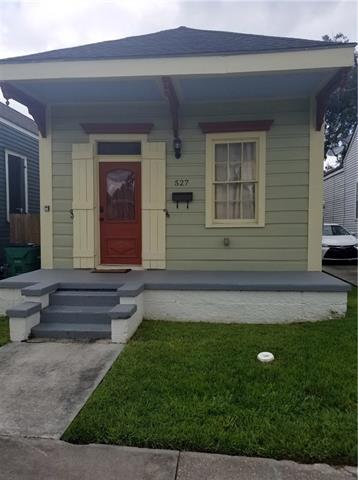 527 4TH Street, Gretna, LA 70053 (MLS #2185997) :: Crescent City Living LLC