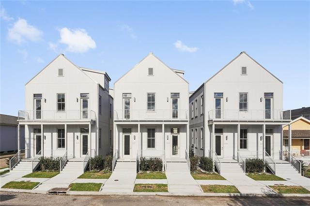 631 Philip Street, New Orleans, LA 70130 (MLS #2186271) :: Crescent City Living LLC