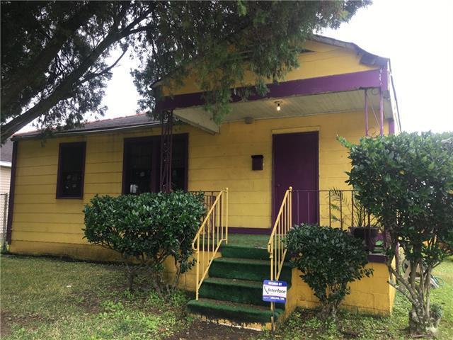 1301 Franklin Street, Gretna, LA 70053 (MLS #2186399) :: Crescent City Living LLC