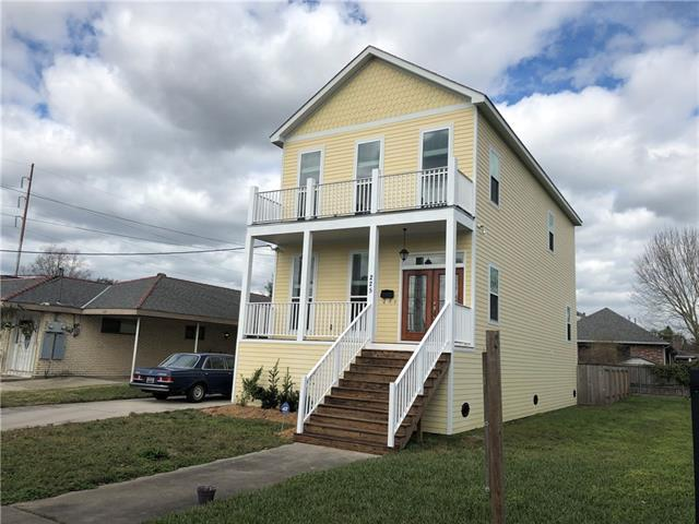 225 14TH Street, New Orleans, LA 70124 (MLS #2186404) :: Turner Real Estate Group