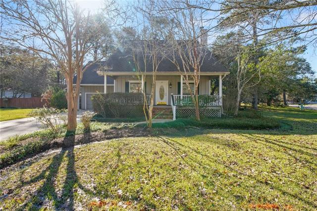 15 Woodvine Court, Covington, LA 70433 (MLS #2186745) :: Parkway Realty