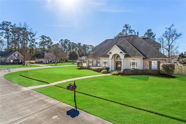 235 Delta Drive, Mandeville, LA 70448 (MLS #2186886) :: Turner Real Estate Group
