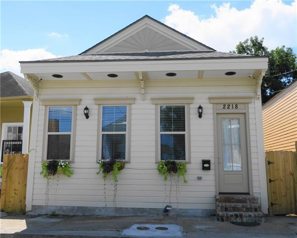 2218 S Robertson Street, New Orleans, LA 70113 (MLS #2186977) :: Crescent City Living LLC