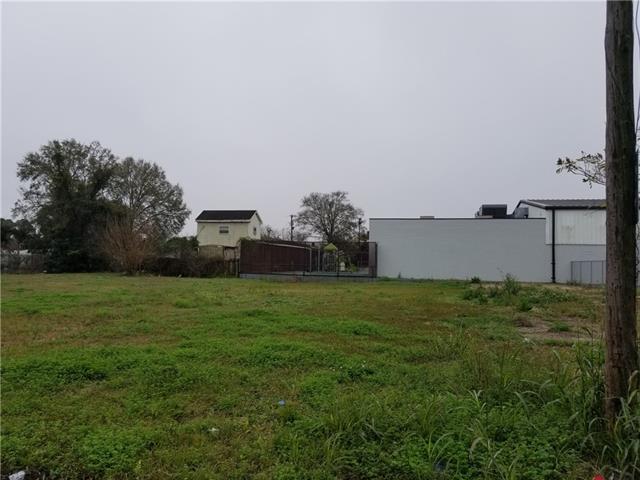 2916-18 Burns Street, Jefferson, LA 70121 (MLS #2187265) :: Crescent City Living LLC