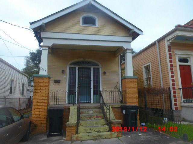 723 Jackson Avenue, New Orleans, LA 70130 (MLS #2187344) :: Crescent City Living LLC