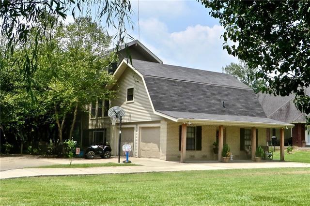 31736 River Pines Drive, Springfield, LA 70462 (MLS #2187397) :: Watermark Realty LLC