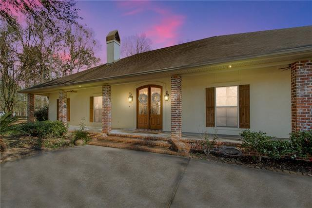 42253 Autumn Run Drive, Hammond, LA 70403 (MLS #2187434) :: Crescent City Living LLC