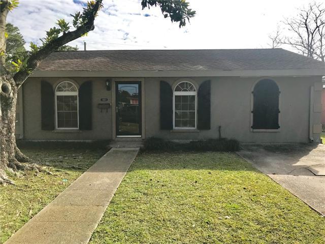 117 Clemson Drive, Kenner, LA 70065 (MLS #2187564) :: Crescent City Living LLC