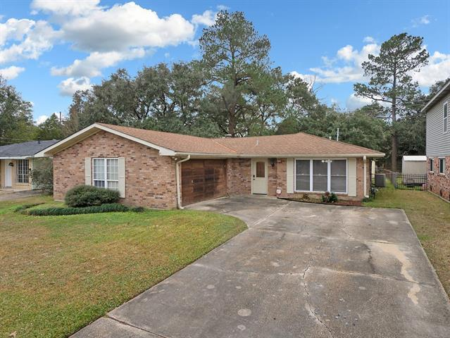 285 Palm Springs Drive, Slidell, LA 70458 (MLS #2187598) :: Inhab Real Estate