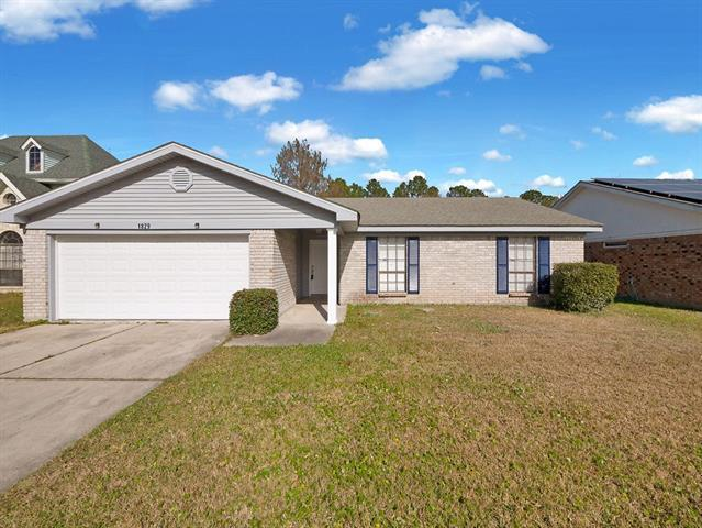 1829 Kings Row, Slidell, LA 70461 (MLS #2187610) :: Crescent City Living LLC