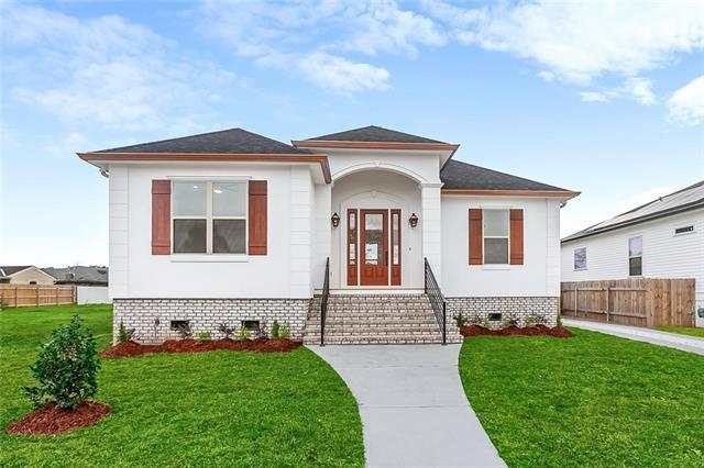 8504 Patricia Street, Chalmette, LA 70043 (MLS #2187759) :: Turner Real Estate Group