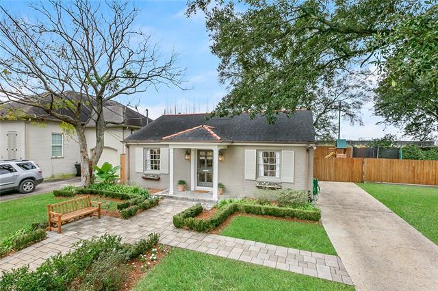 448 Bellaire Drive, New Orleans, LA 70124 (MLS #2187876) :: ZMD Realty