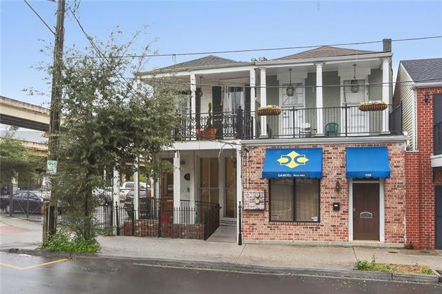 1124 St Charles Avenue, New Orleans, LA 70130 (MLS #2187973) :: Crescent City Living LLC
