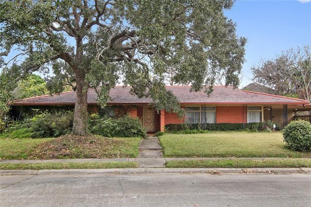 6425 Paris Avenue, New Orleans, LA 70122 (MLS #2188029) :: Watermark Realty LLC