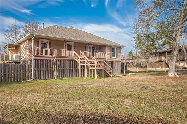 113 Indian Mound Lane, Slidell, LA 70458 (MLS #2188169) :: Crescent City Living LLC