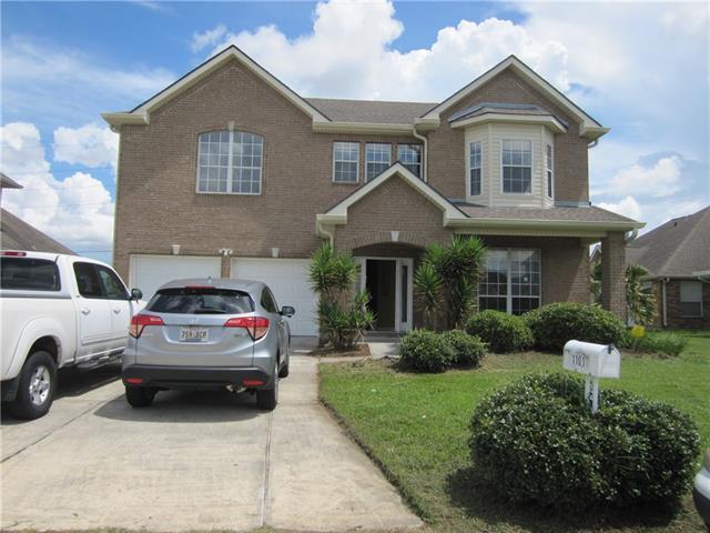 1101 N Wyndham Street, Gretna, LA 70056 (MLS #2188332) :: Crescent City Living LLC