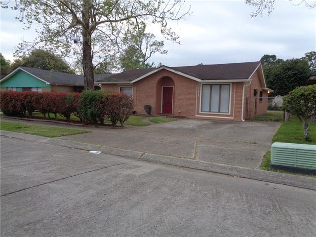 3111 Dickens Drive, New Orleans, LA 70131 (MLS #2188883) :: Inhab Real Estate
