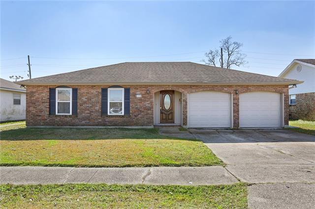 128 Cameron Drive, Gretna, LA 70056 (MLS #2189030) :: Crescent City Living LLC