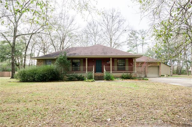 71111 Village Des Bois, Covington, LA 70433 (MLS #2189089) :: Crescent City Living LLC