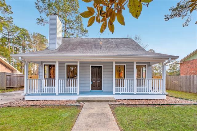 213 Santos Street, Mandeville, LA 70448 (MLS #2189121) :: Crescent City Living LLC