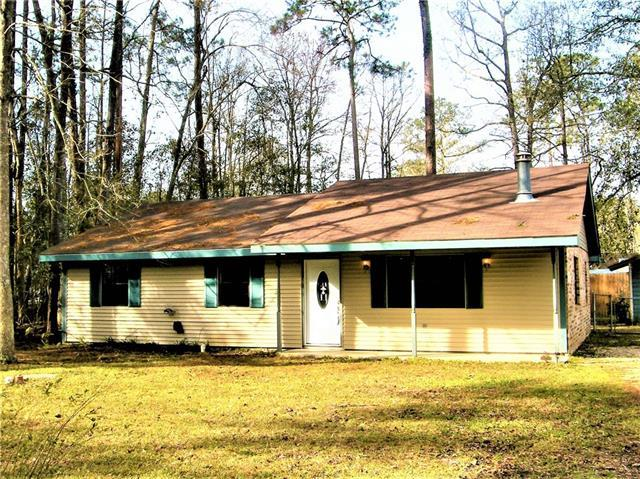 66081 Oak Street, Mandeville, LA 70448 (MLS #2189200) :: Top Agent Realty