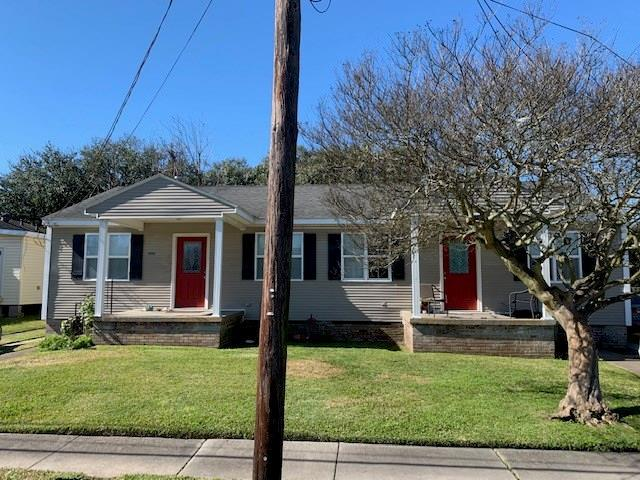 702 Community Street, Arabi, LA 70032 (MLS #2189215) :: Crescent City Living LLC