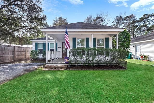 144 Poe Street, Madisonville, LA 70447 (MLS #2189447) :: Crescent City Living LLC