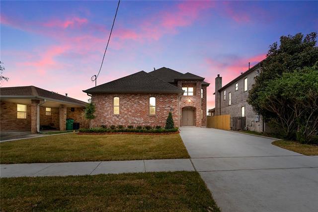 3916 Lake Villa Drive, Metairie, LA 70002 (MLS #2189456) :: Crescent City Living LLC