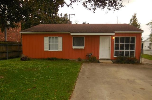 128 Anne Drive, Westwego, LA 70094 (MLS #2189588) :: Crescent City Living LLC