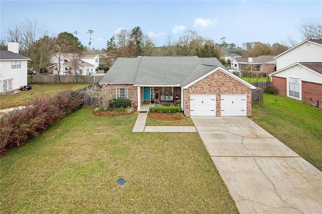 1521 Cherry Ridge Court, Mandeville, LA 70448 (MLS #2189699) :: Crescent City Living LLC
