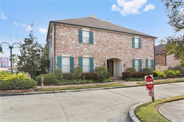 2800 Hyde Park Avenue, Harvey, LA 70058 (MLS #2189760) :: Crescent City Living LLC