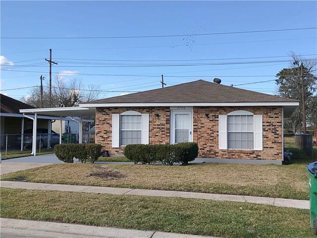 2736 Erin Drive, Marrero, LA 70072 (MLS #2189917) :: Crescent City Living LLC