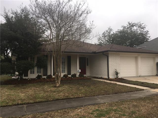 3229 Lake Trail Drive, Metairie, LA 70003 (MLS #2190017) :: Crescent City Living LLC
