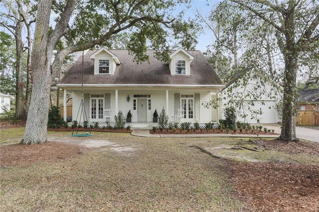 225 Nottoway Drive, Mandeville, LA 70471 (MLS #2190281) :: Turner Real Estate Group