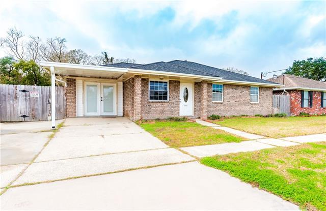 8 Woodchase Court, Violet, LA 70092 (MLS #2190287) :: Robin Realty